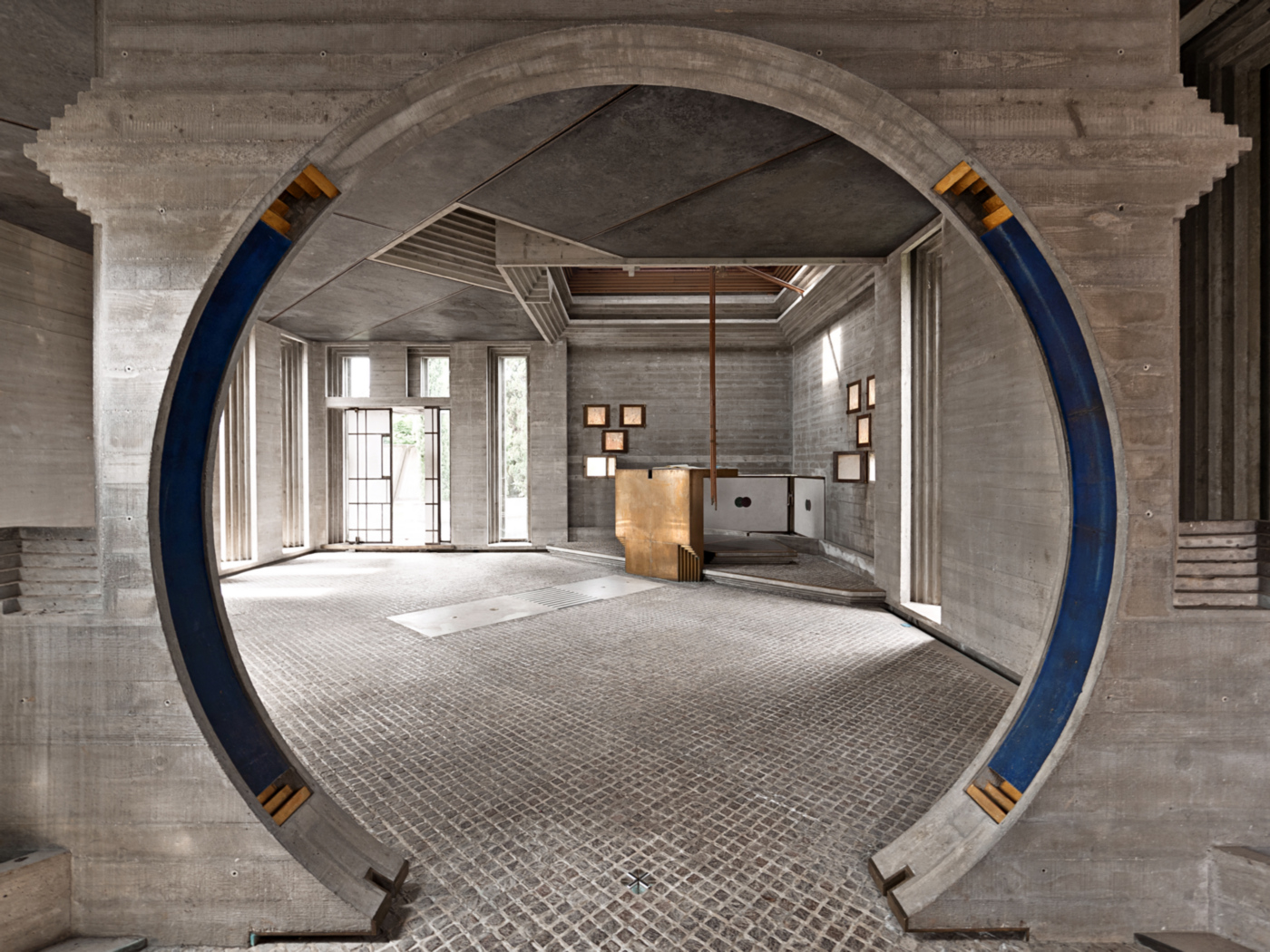 La Tomba Brion di Carlo Scarpa nelle fotografie di Carlo Deregibus | isola terza