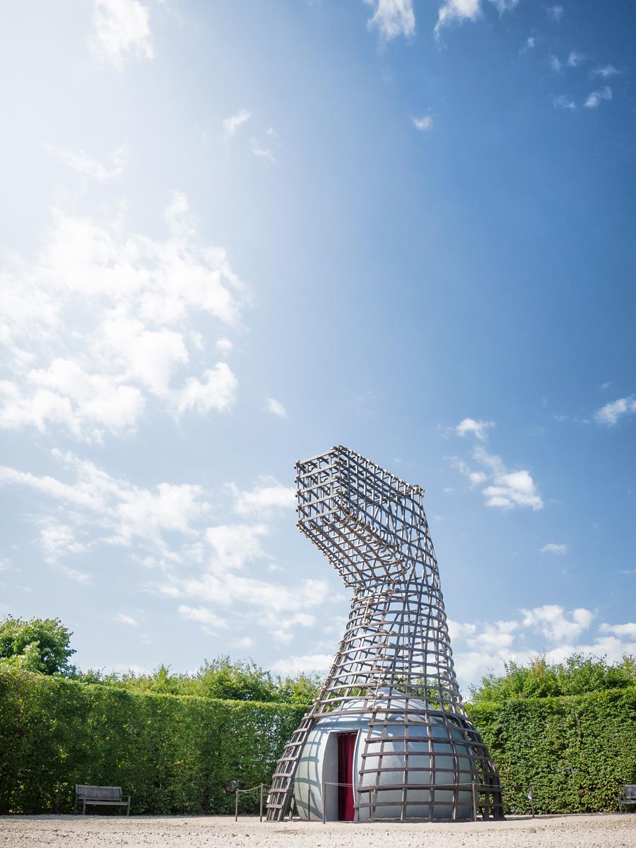 LA LUNA E IL COLOSSO | guardando il cielo | Bottega di Architettura